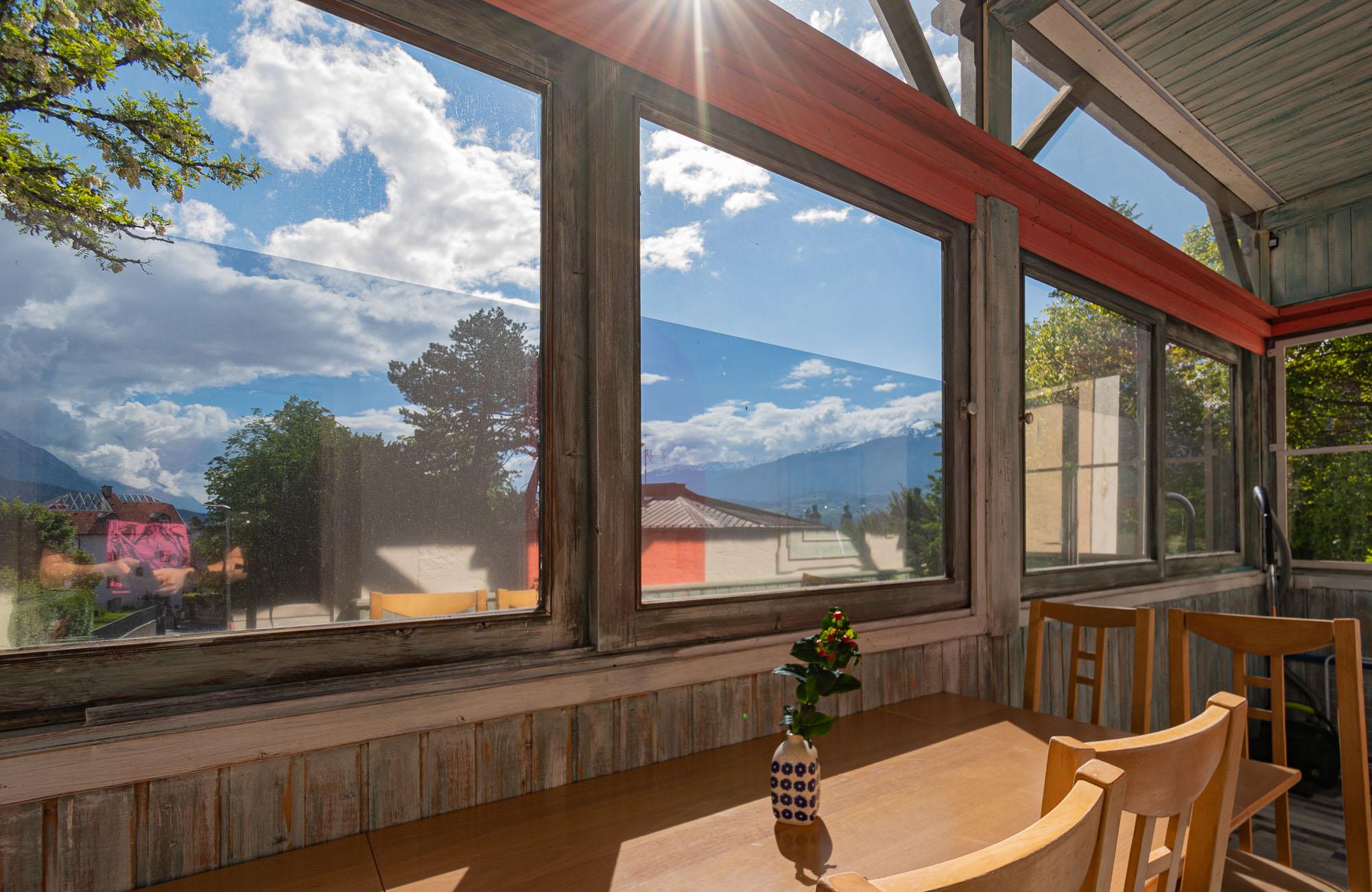 Apartment Farbtopf Balkon