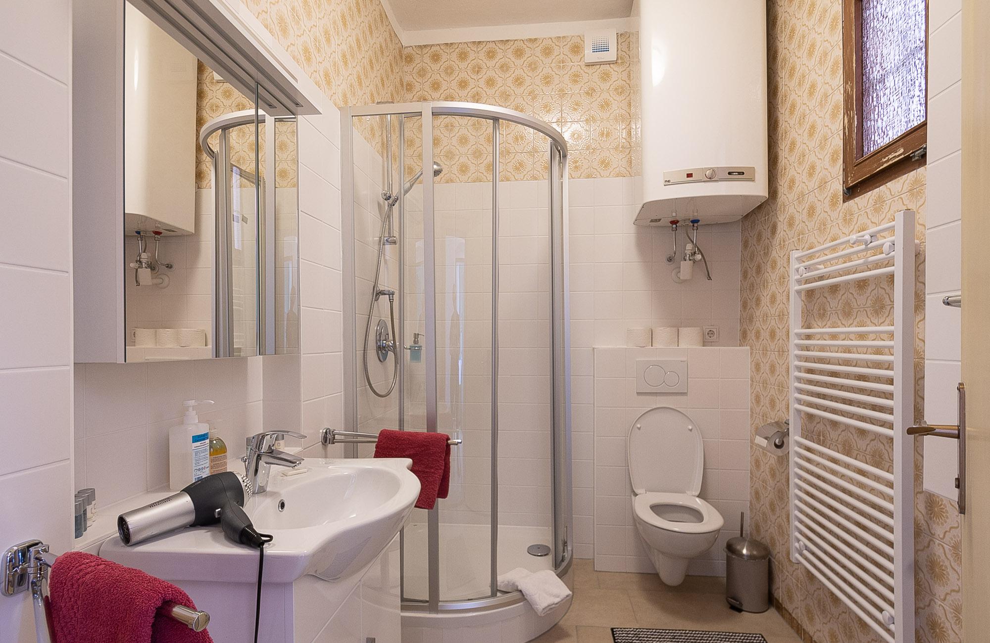 Apartment Farbtopf Badezimmer