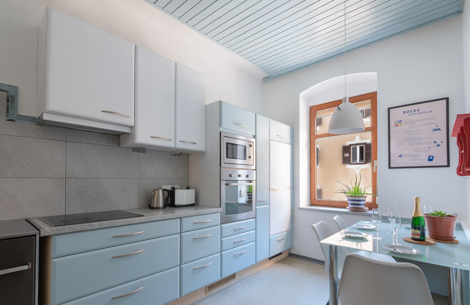 Apartment Farbtopf Küche