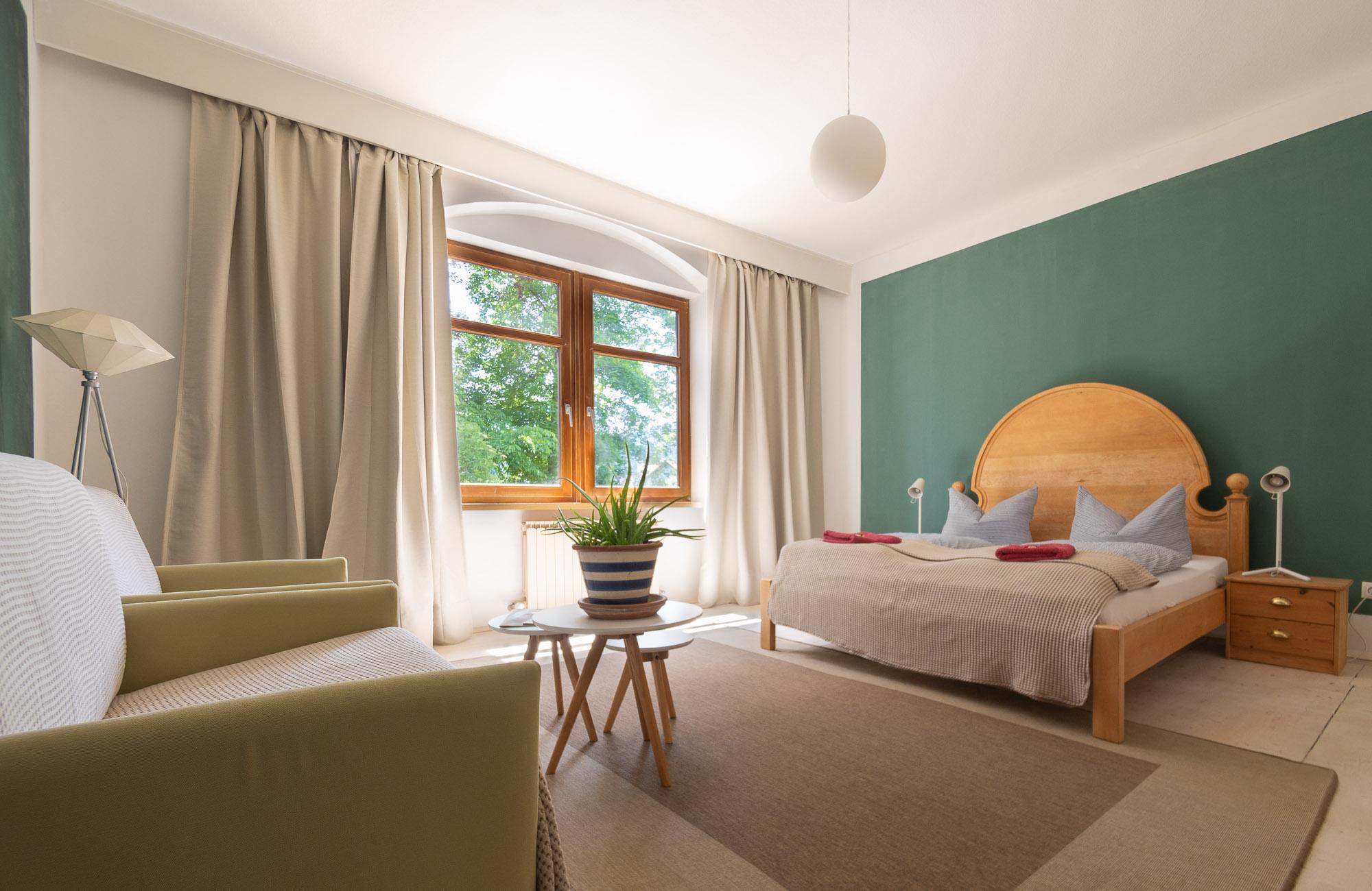Apartment Farbtopf Schlazimmer 1